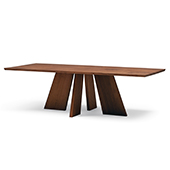 HAKAMA Dining Table