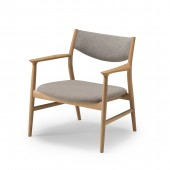 KAMUY Lounge Chair (upholstered back)