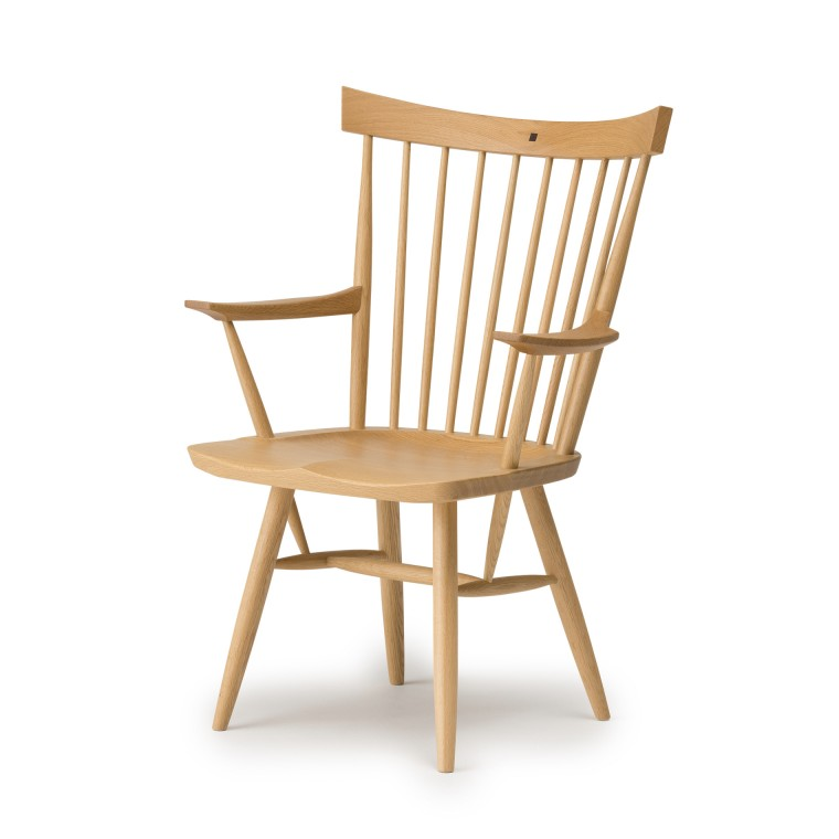 RIKI WINDSOR Armchair